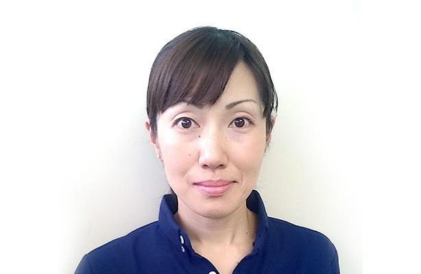 高岡 佳子